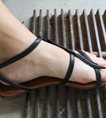 Nizki črni sandali