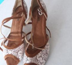 Rjavo beli sandali