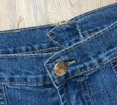 Jeans hlače - kot nove