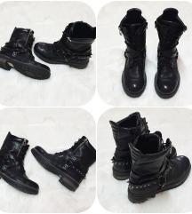 Amlong črni