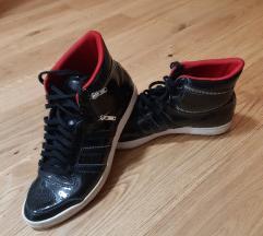 Superge Adidas