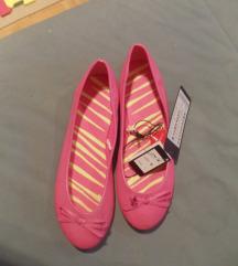 nova obutev: roza čevlji, balerinke 38