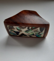 Čudovit lesen prstan velikost M