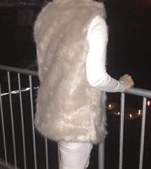 Bež faux fur brezrokavnik