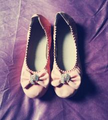 Nove roza balerinke