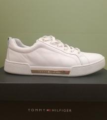 Bele superge Tommy Hilfiger - MPC 80 EUR