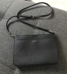Parfois črna torbica