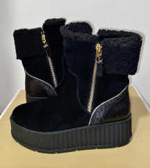 Zimski škornji Michael Kors - mpc 275€