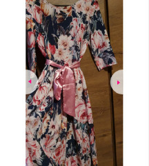 Čudovita nova dolga elegantna roza obleka