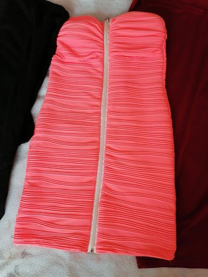 Neon pink obleka