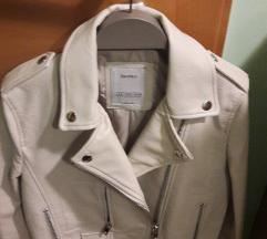 usnjena jakna  krem S    bershka