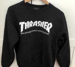 Trasher pulover
