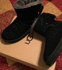 UGG bow boot, NOVI