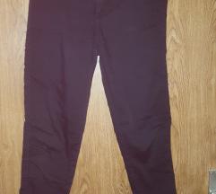 Črne hlače Stradivarious