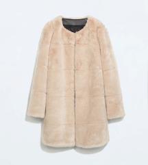 Zara fake fur plašč