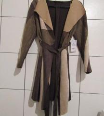 Zara nova jakna (-z etiketo)