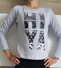 Majica, H&M, siva z napisom XS / 152