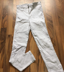 Zara bele kavbojke