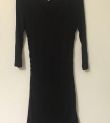 Črna oprijeta oblekica