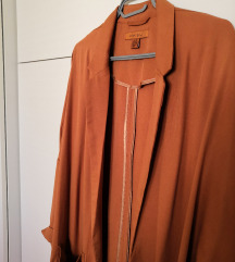 Oranzno rjava jakna
