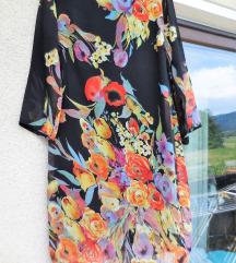 Nova poletna cvetlična krajša obleka