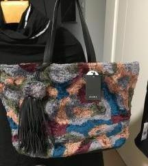 Velika torbica Zara še z etiketo