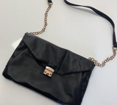 Črna srednje velika torbica