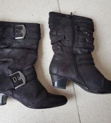 Novi črni škorenjčki vel. 39