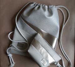 Set nahrbtnik in kozmetična torbica