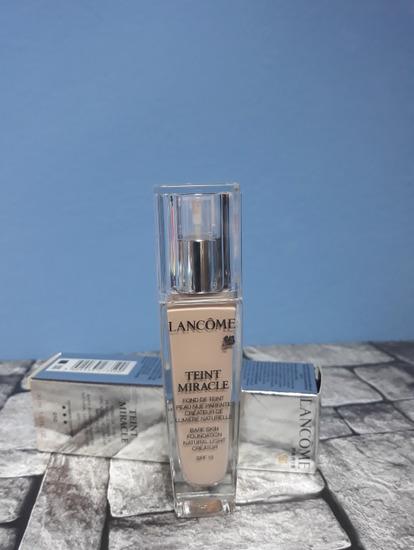 Lancôme - Teint Miracle tekoči puder