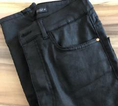 Coated jeans kavbojke