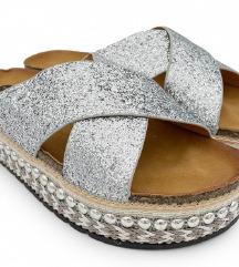srebrni natikači