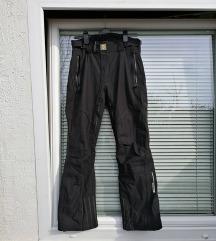 št. 48 nove VÖLKL Nano Tech smučarske hlače