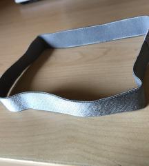 Novi elastičen trak za lase srebrne barve