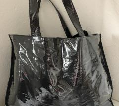 Velika lakasta torba
