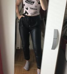 Hlače  in majica