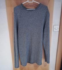 Nov daljši pulover