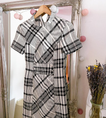 Reserved poslovna obleka