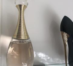 Parfum J'ADORE (MPC: 100€)