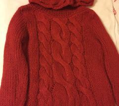 Rdeč pulover s poštnino
