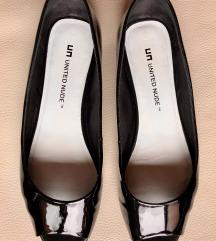 United Nude črne lakaste  balerinke - sandali