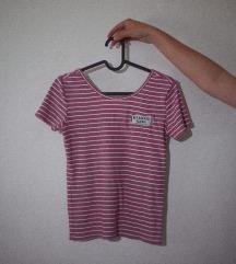 🌸 Majica z našitkom