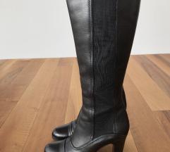 Usnjeni črni škornji - visoka peta mpc-500€