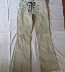 Žametne hlače Naf naf