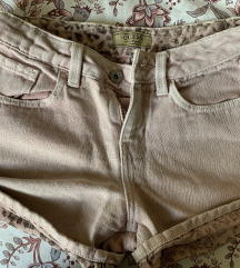 Guess kratke platnene hlače