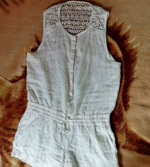 Bel lanen kombinezon s kratkimi hlačami