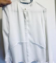 Bela srajica bluza z zlatimi gumbi