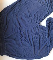 Udobne modre  hlače za šport ali vsak dan