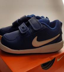 Nove Nike original SAMO 7 eur AKCIJA