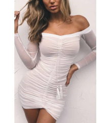 Elegantna bela oprijeta obleka